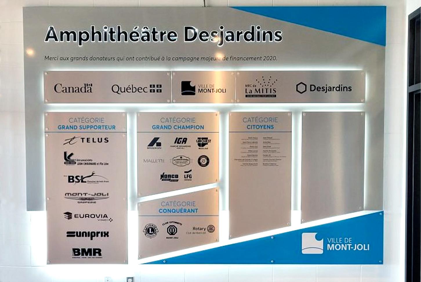 Design LB - Amphithéâtre Desjardins - Tableau d'honneur